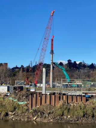 MOVAX DH piling hammer in action in Australia